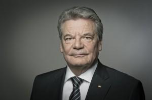 Joachim-Gauck-Portraet-schw