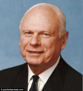 Paul Hellyer-Ex-Canadian-Minister-National-Defense-ufo-2011