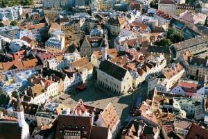 tallinn-town-hall-square