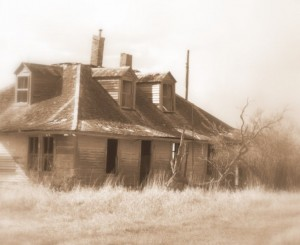 an_old_empty_house_by_ember_of_roses-d31skxf