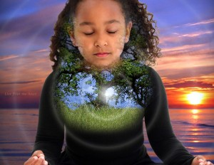 girl_meditating_hologram1