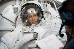 Astronaut_Nicole_Stott_participates_in_an_Extravehicular_Mobility_Unit_spacesuit_fit_check
