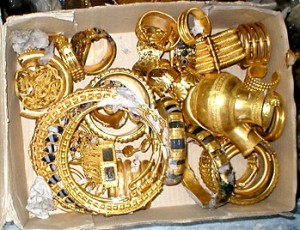 kuld 300x230 Kes vastutab Iraagi hävitatud kultuuripärandi eest?