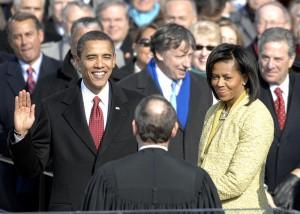 US_President_Barack_Obama_taking_his_Oath_of_Office_-_2009Jan20