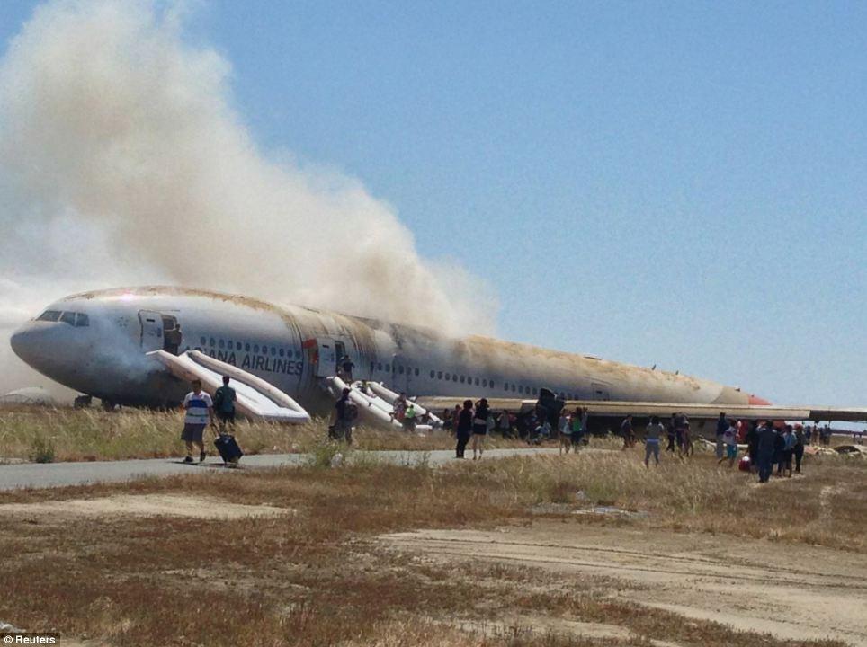 FOTO 11 punane San Fransisco lennuõnnetus oli lavastus?