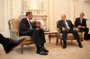 Barack_Obama_&_Vladimir_Putin_at_Putin's_dacha_2009-07-07