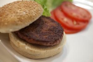 Cultured-Beef-lab-grown-burger