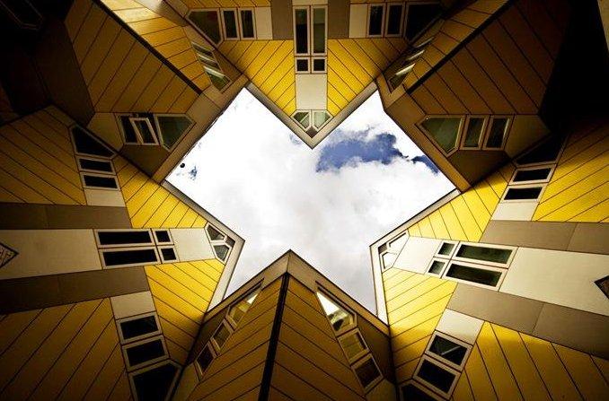 22 33 Worlds Top Strangest Buildings cubic houses2 Galerii: maailma kõige erilisemad hooned