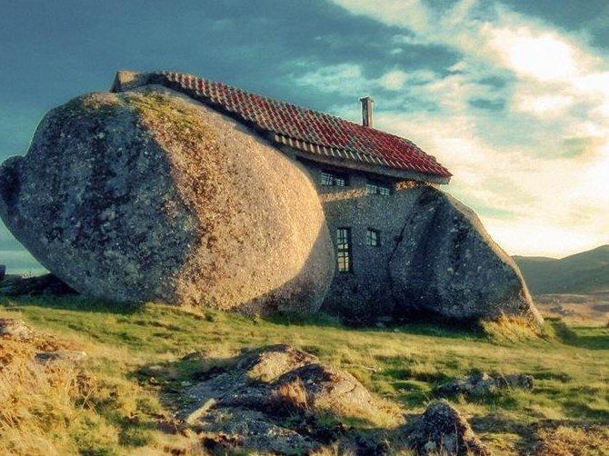 3 33 Worlds Top Strangest Buildings stonehouse1 Galerii: maailma kõige erilisemad hooned