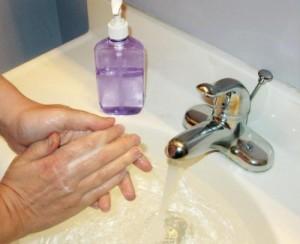 5 antibacteria 300x244 Antibakteriaalsed tooted soodustavad resistentsete bakterite arengut