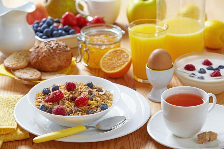 Breakfast 10 toiduainet hommikusöögilauale