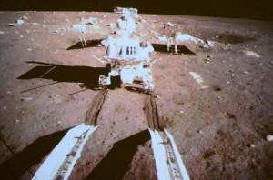 china-change3-moon-rover-yutu-tracks