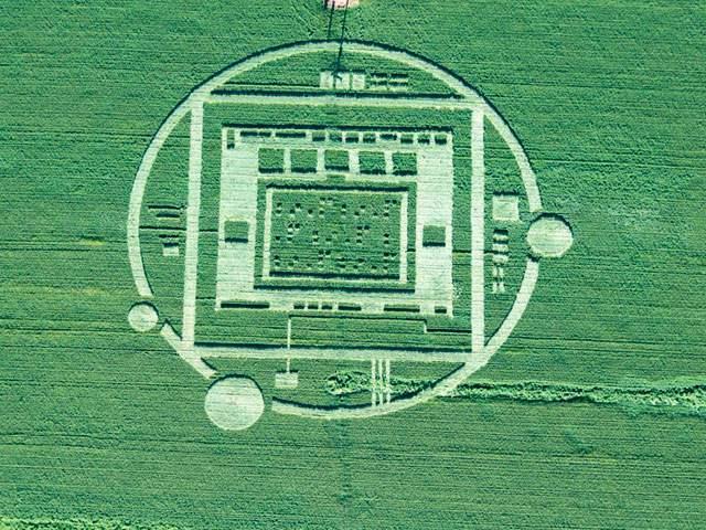 wptv-crop-circle_20140102075136_640_480