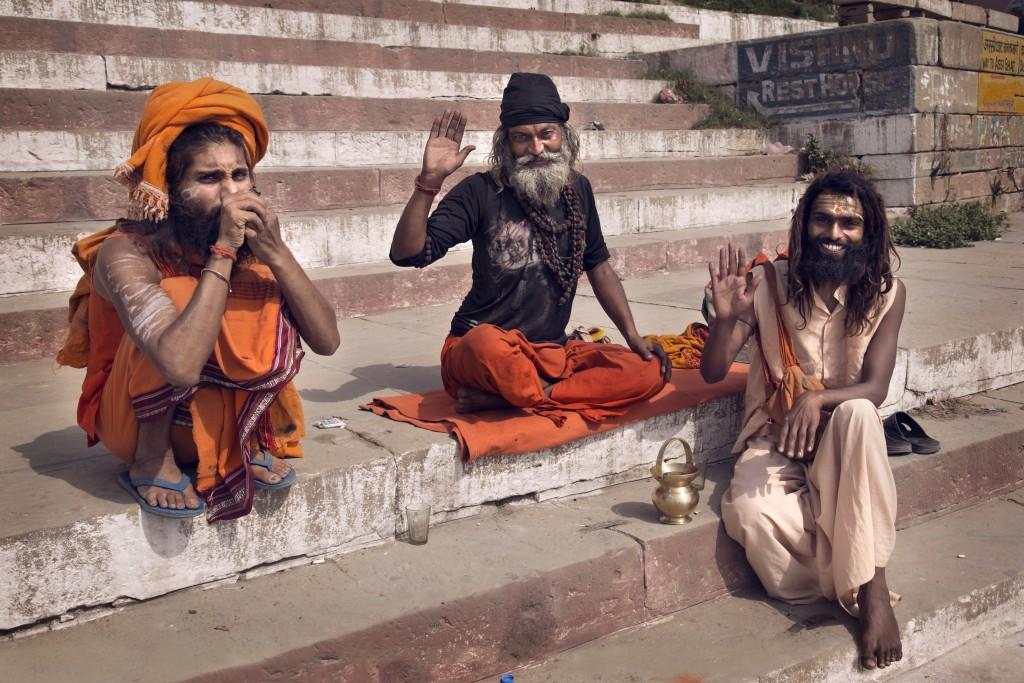 3-suitsetavad babad-Varanasi_ India-Ivonne Veith