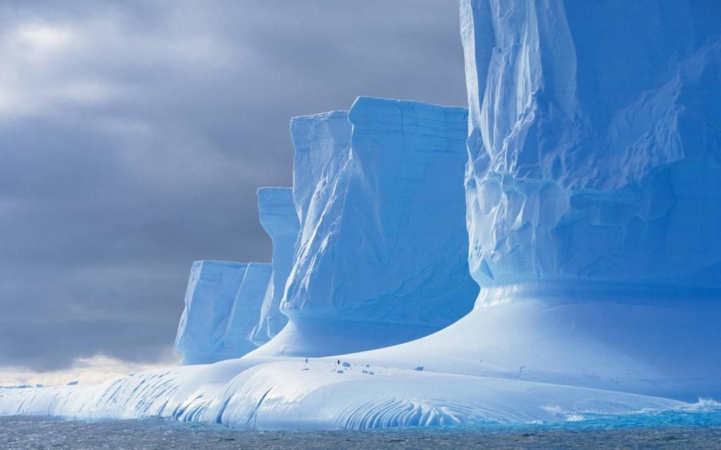 Antarktika hiigelmüür