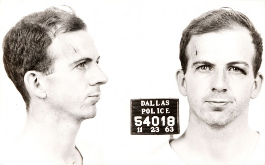 Lee_Harvey_Oswald_arrest_card_1963-540x336