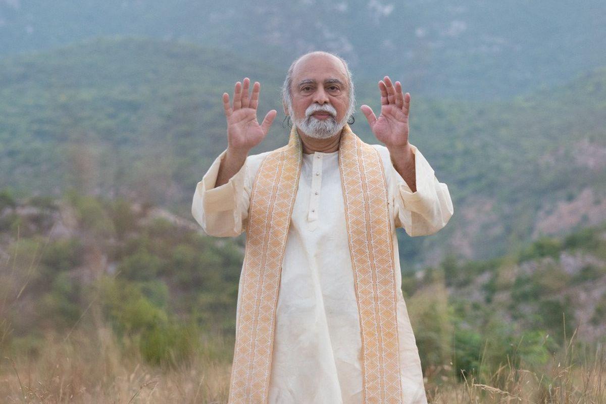 India vaimne õpetaja Sri Bhagavan: Me ei pea kannatama